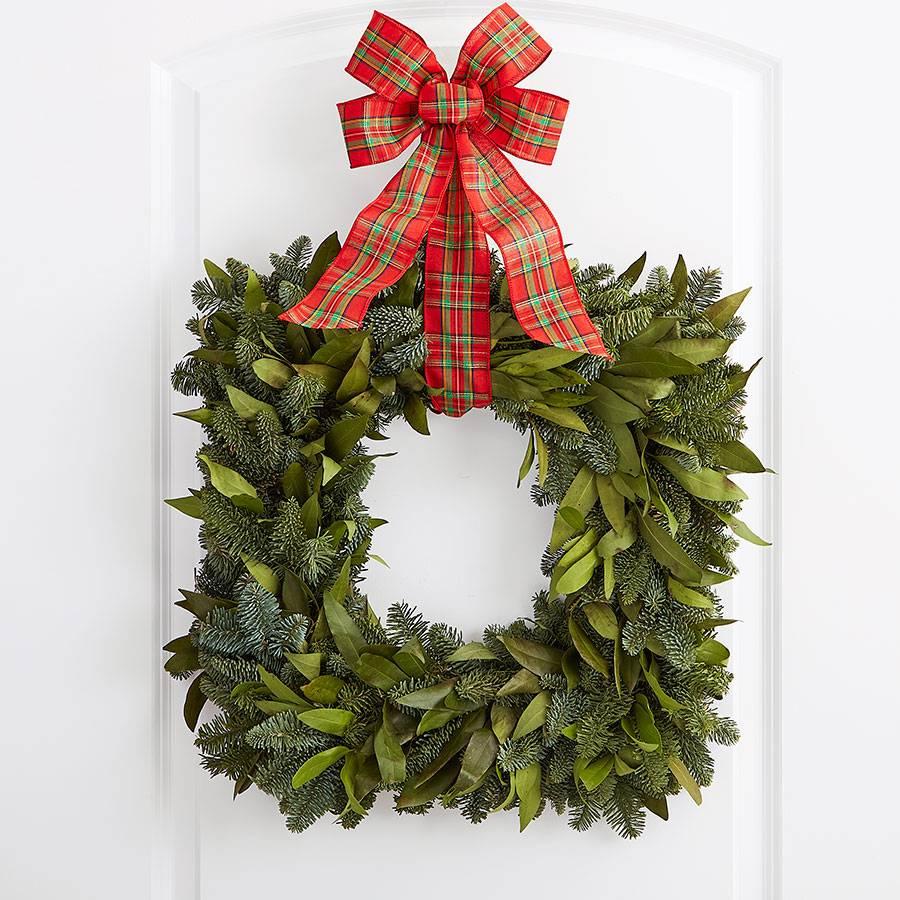 Winter Pinecone Evergreen Wreath